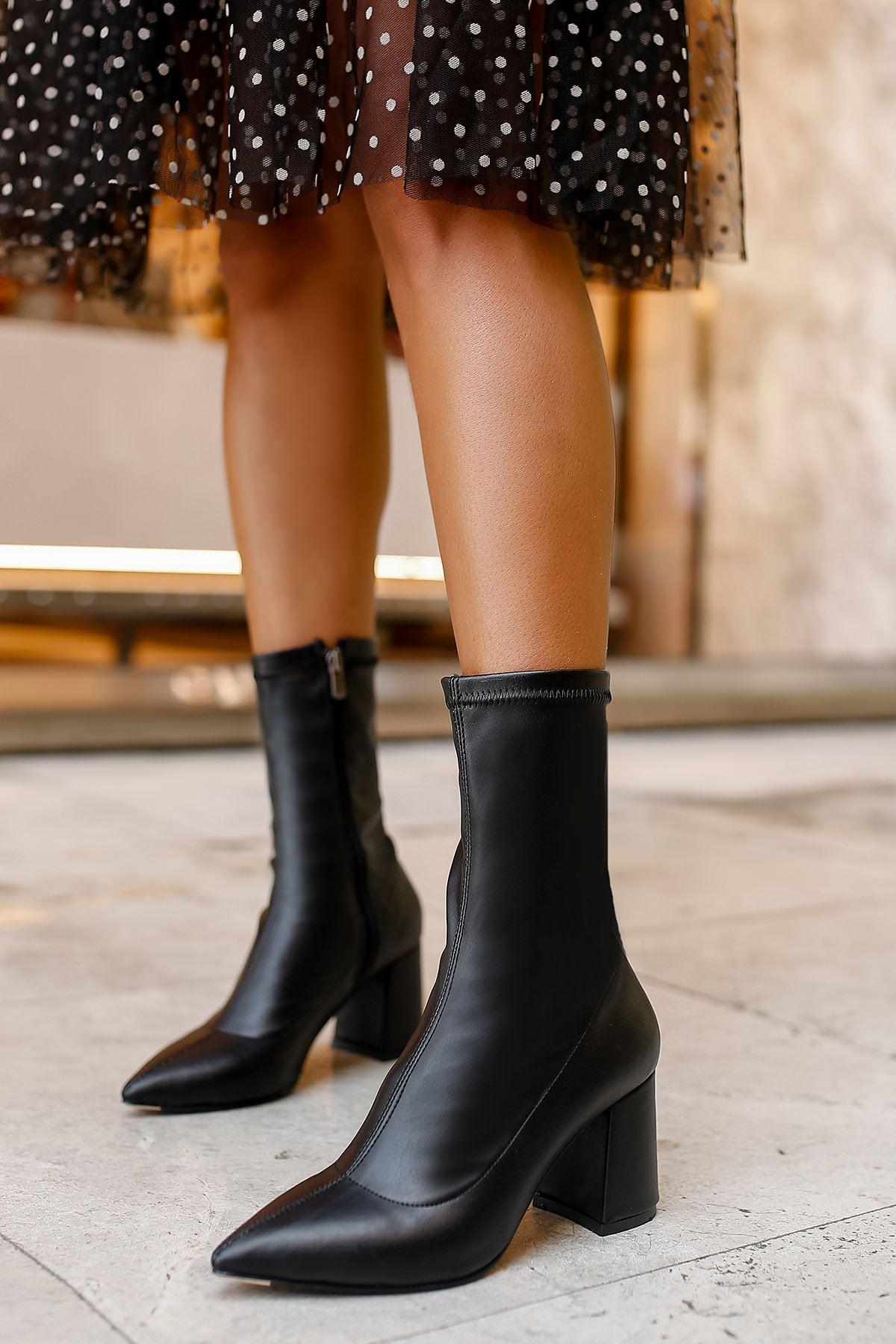 Santiago Streç Topuklu Kadın Bot-Siyah